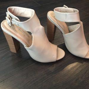 Liliana booties